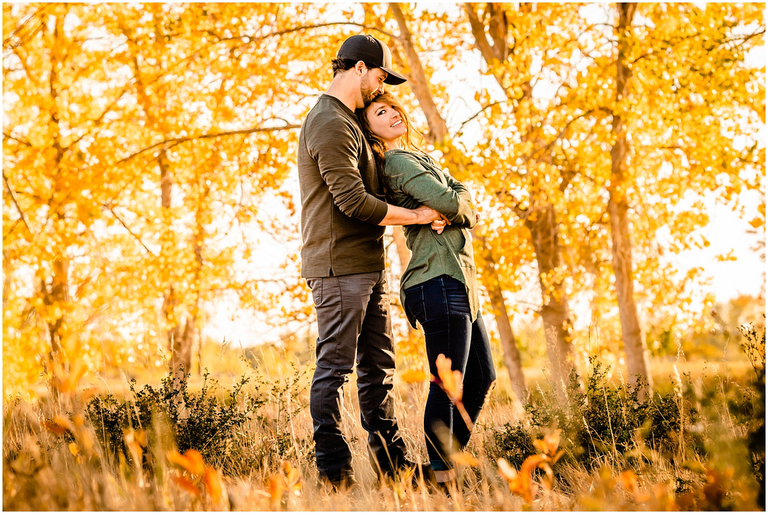 Photos of a husband and wife in the Colorado Fall Colors